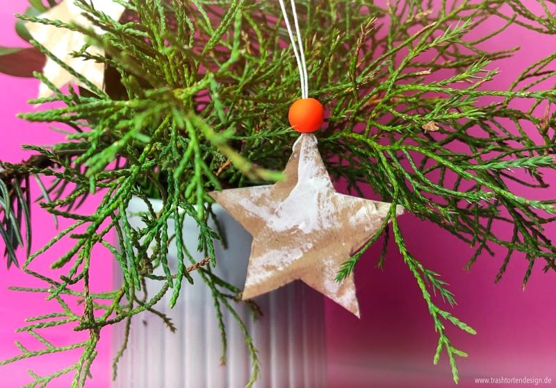 Sterne_geschenkanhänger_Baumschmuck_diy_pappe_Weihnachten